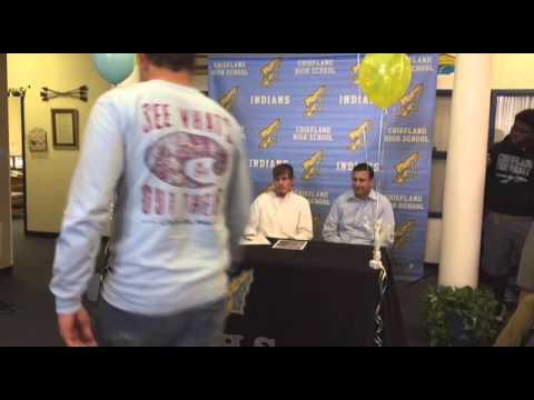 Watch Vaden Fehmerling sign with Valdosta State