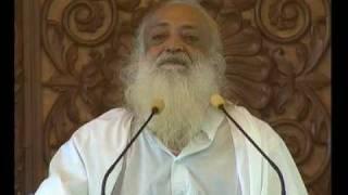 Asaram Ji Bapu - Teeno Guno Se Paar Ho Jaa thumbnail
