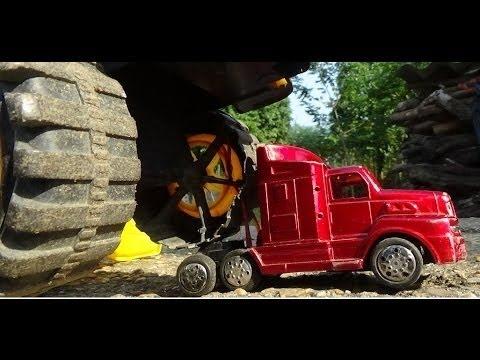 lkw ziehen riesige kipper auto spielzeug video f r. Black Bedroom Furniture Sets. Home Design Ideas
