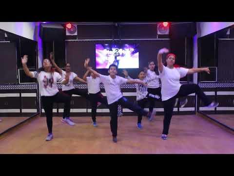 Cute Munda Dance Performance   Sharry Mann   Bhangra...