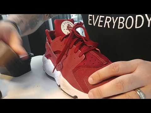 Sneaker Cleaning Of My Burgundy Nike Huaraches