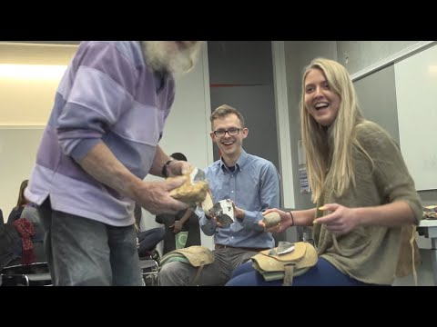 BA Anthropology: Stone Tool Making Workshop | Oxford Brookes University