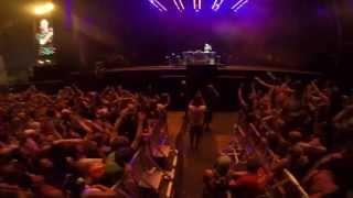 Flume live @ Dour 2015 - Disclosure - You & me (Flume Remix)