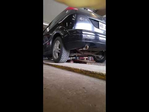 2003 Ford Focus Zx3 >> 2003 Ford Focus ZX3 Zetec custom cat-back exhaust. - YouTube