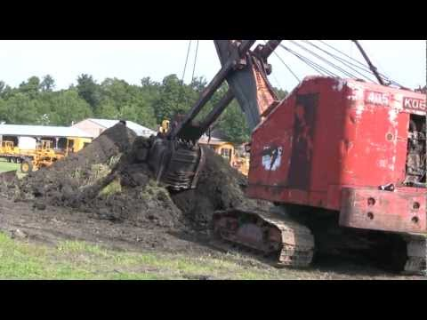 "OLD KOEHRING  EXCAVATOR ""GETS ER DONE"""