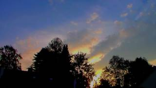 Wind und Wolken von Westen / Gute Nacht! / Timelapse
