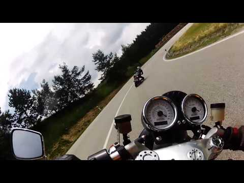 Ducati Sport 1000 and S2R 1000 knee dragging