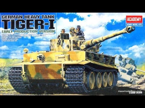 Review Academy Tiger 1 Early  Full interior