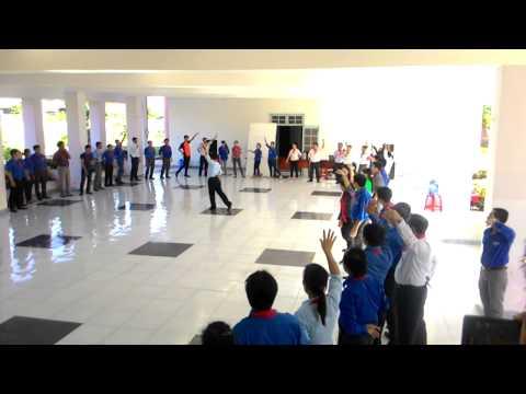 Hướng dẫn múa tập thể bài Em làm kế hoạch nhỏ