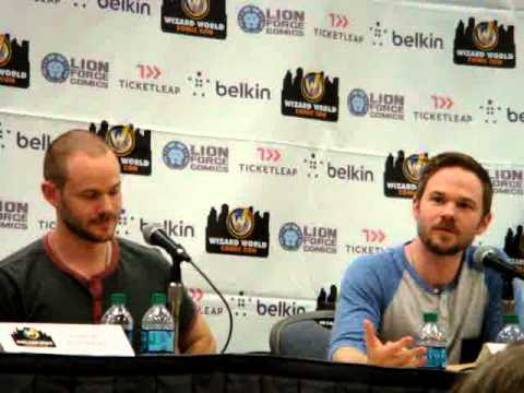 Wizard World Comic Con 6 1 13 123 Aaron and Shawn Ashmore