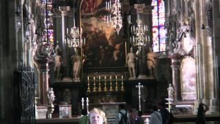 Собор Св  Стефана(При посещении собора Св. Стефана в Вене, в августе 2012 года поразило распятие Христа с бородой из настоящих..., 2012-10-13T14:28:42.000Z)