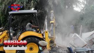 Pemko Medan Bongkar Bangunan di Atas Trotoar