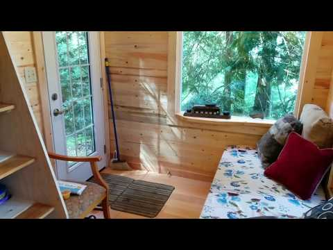 Incredible tiny house treehouse tour! Raven Loft Treehouse.