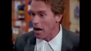 Arnold Schwarzenegger DW susmasını söyler