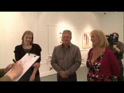 Robert Bone Mind Reading in Art Gallery