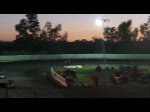Beginner Boxstock @ Cycleland Speedway Friday 7-15-16