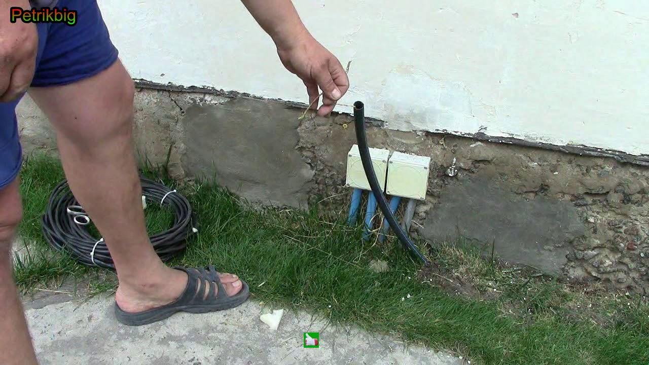 Заправка кабеля в трубу .Простой способ.