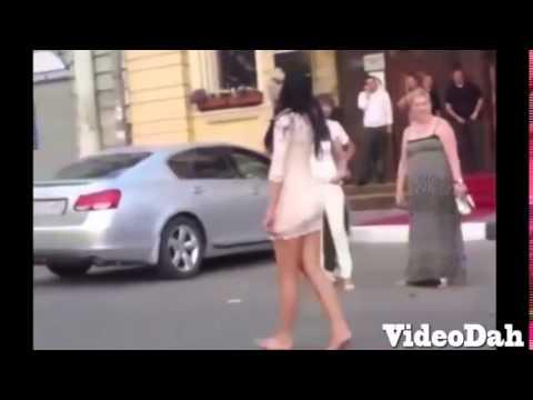 приколы про пьяных голых девушек - YouTube