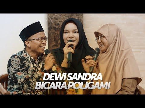 Ketika Dewi Sandra Bertanya Tentang Poligami