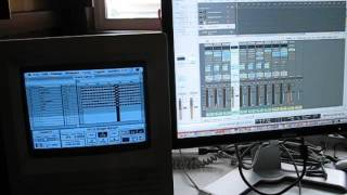 5 Mac SE Pro 4 demo song with live bass from MIDI keyboard