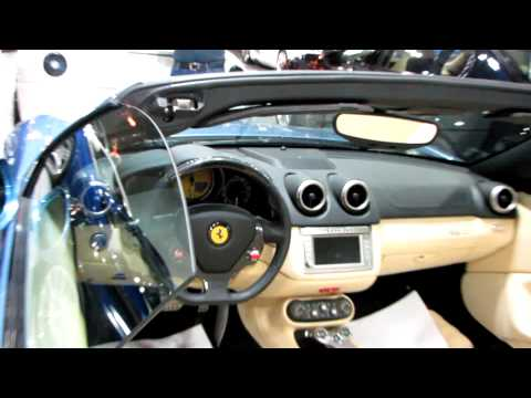 Luxurious Car Showroom in Riyadh