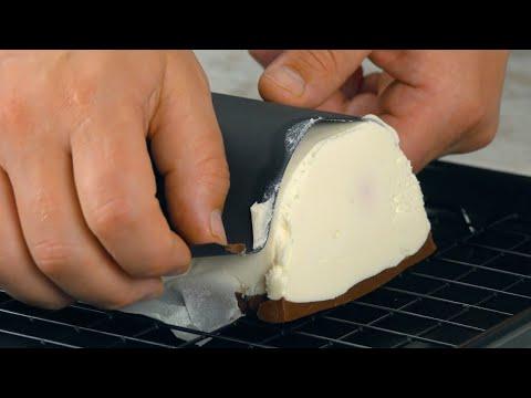 mettez-du-carton-dans-un-moule-et-remplissez-le-de-crème- -une-recette-étonnante