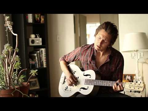 """Matthew Szlachetka- Living Room Sessions Episode 1:  """"Waits For A Storm To Find"""""""