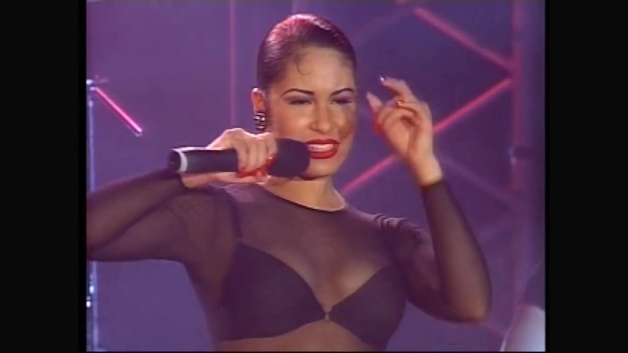 Selena y Los Dinos - Wikipedia]