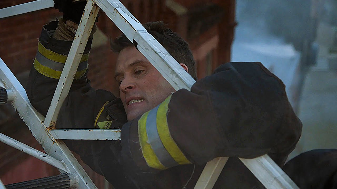 Download Casey Almost Fell Off The Aerial - Chicago Fire 9x03