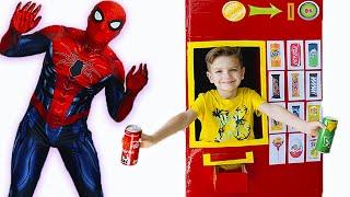 Торговый автомат с супергероями и Марк История для детей