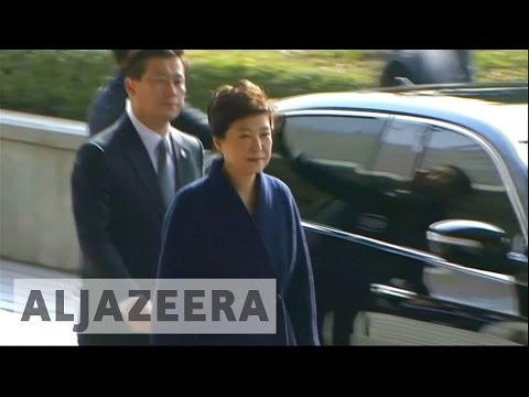 Prosecutors question South Korea's Park Geun-Hye
