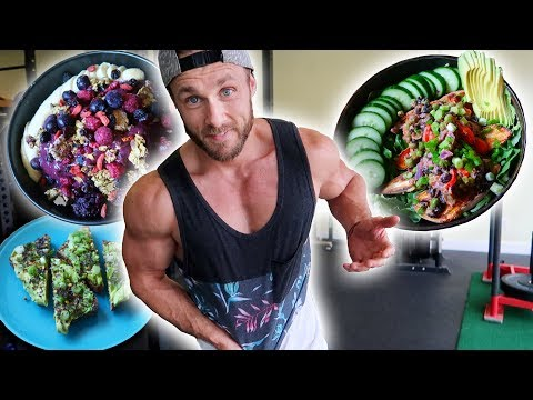 WHAT I EAT IN A DAY BUILDING VEGAN MUSCLE   LEAN GAINS