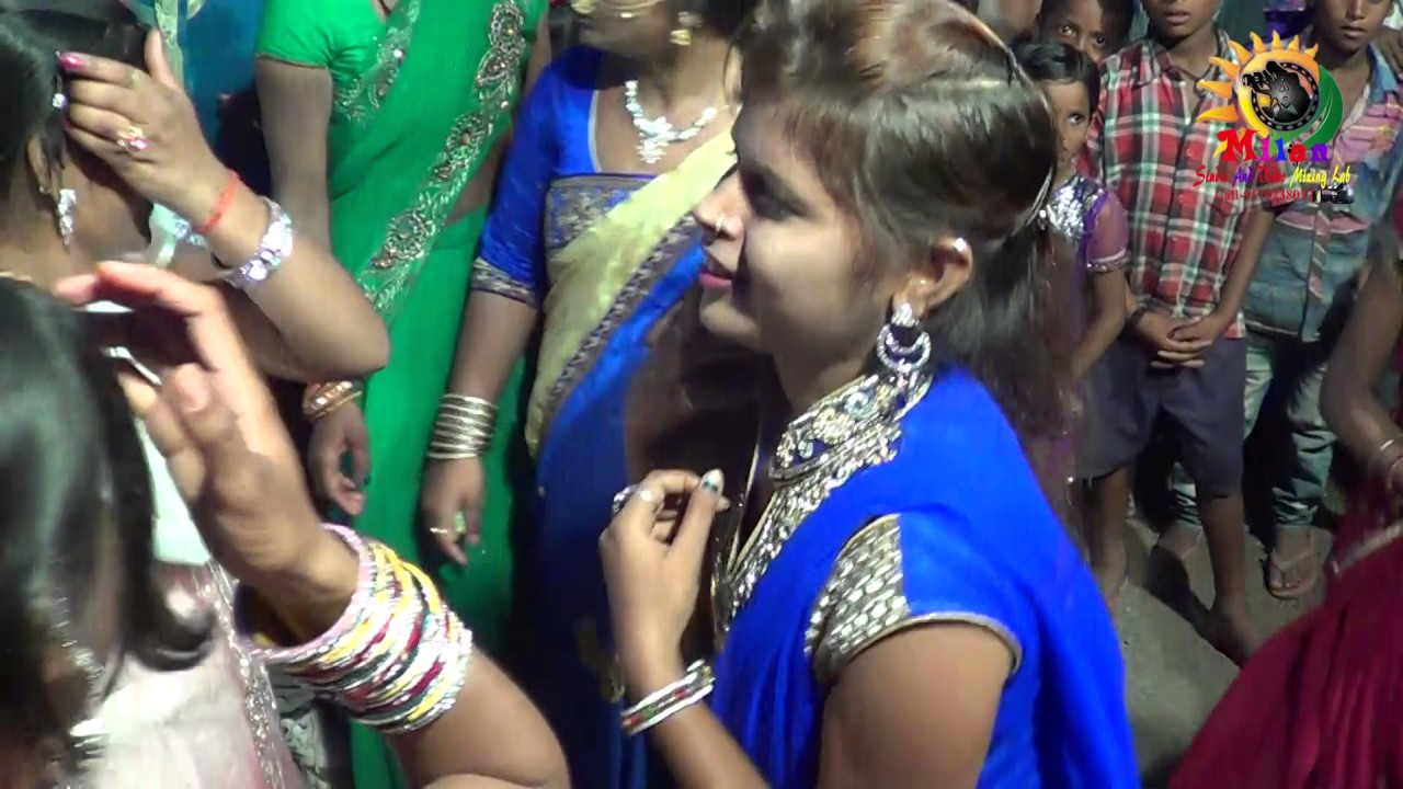 Ooh La La Lyrics - The Dirty Picture - Bappi Lahiri|Shreya