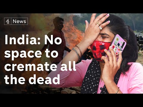 India Covid crisis: families desperate for space to cremate their dead