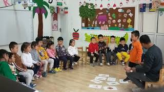 ESL-Oral English class with funny games,Love English3 unit-3 The things we use.