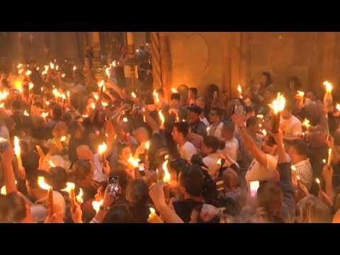 Christians in Bethlehem welcome Holy Fire