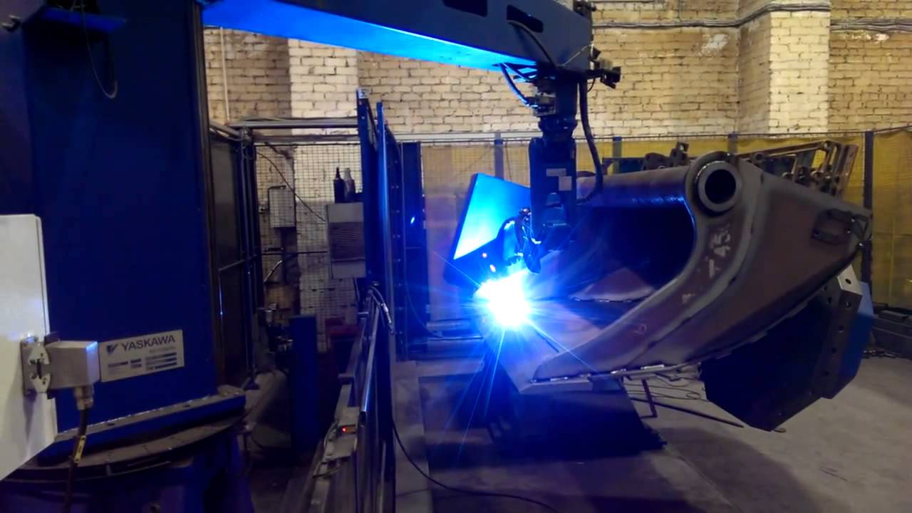 Yaskawa Motoman Arc Welding Robot Station Youtube