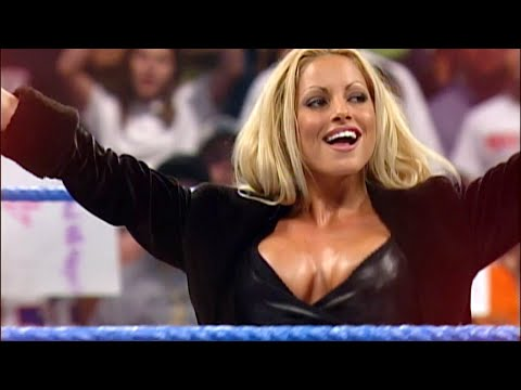 Trish Stratus returns to celebrate Raw's 25th anniversary this Monday