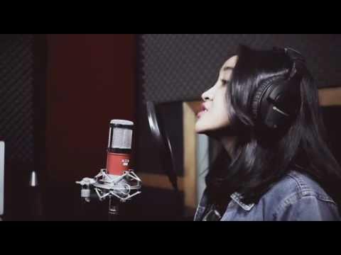 XOX KS105 Dan XOX M30 By Yeah Musik Bandung