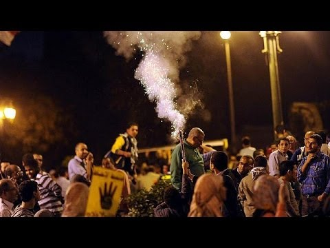 Clashes break out at Cairo universities after students defy new law