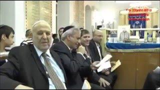 بالفيديو.. يهود ينشدون أغنية لـ «عبد الحليم حافظ» بـ «العبري»