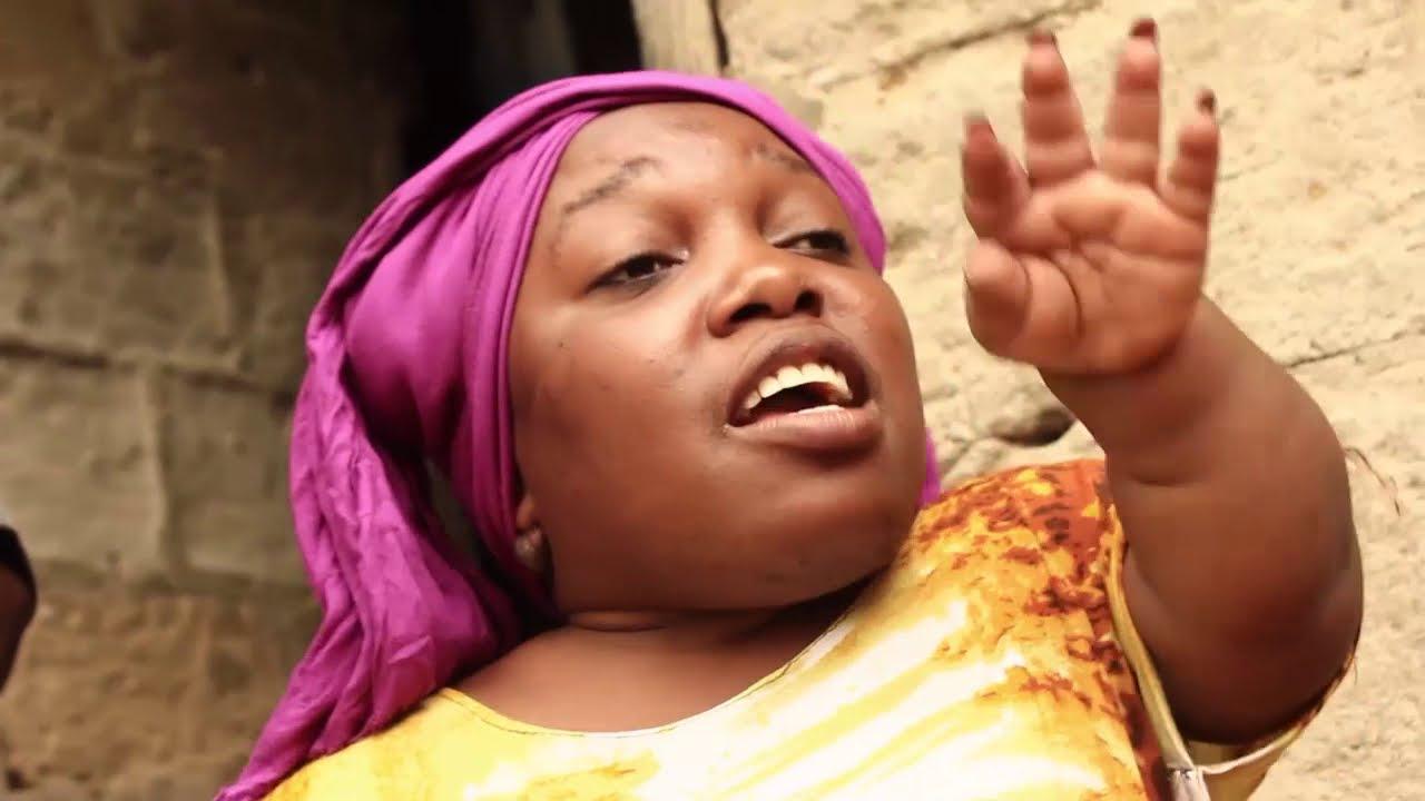 Download Mgeni wa Kijiji - Hamis Korongo, Asha Boko, Tausi Mdegeka (Official Bongo Movie)