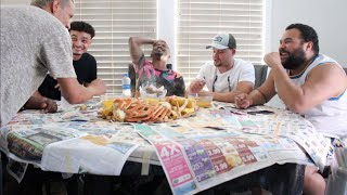 MY FIRST SEAFOOD CRAB BOIL MUKBANG WITH FRIENDS | Alonzo Lerone