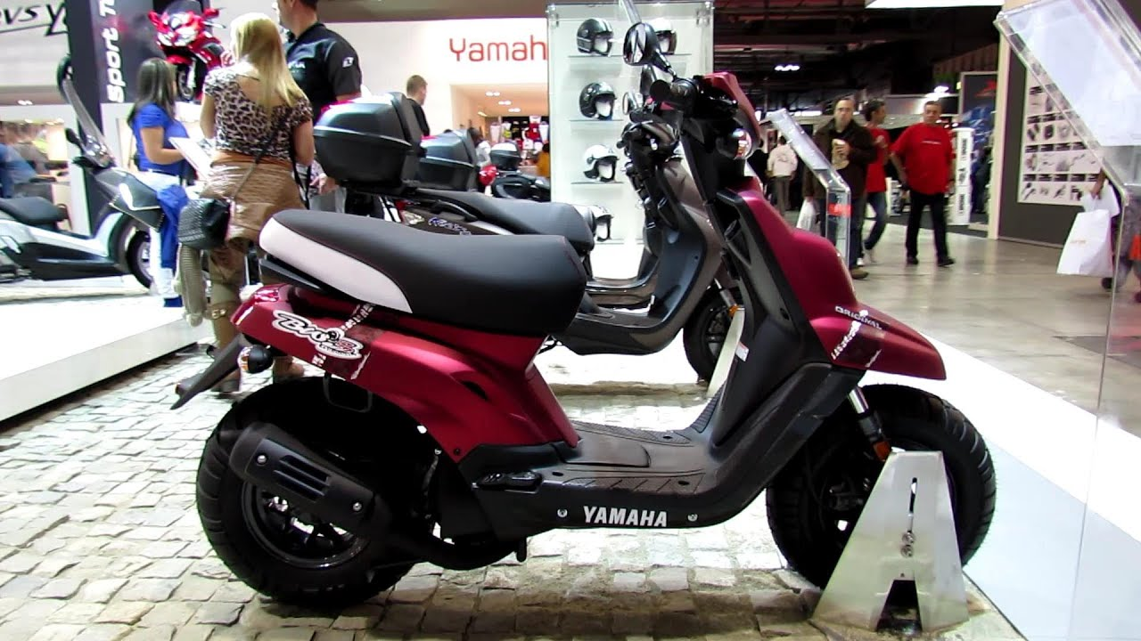 2014 yamaha bw 39 s 50 scooter walkaround 2013 eicma milano. Black Bedroom Furniture Sets. Home Design Ideas