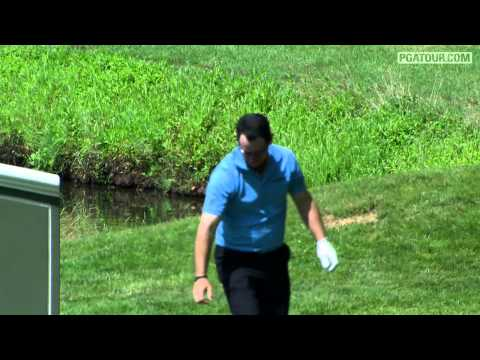 Shot of the Day: Rory Sabbatini holes tee-shot for an ace at TPC River Highlands