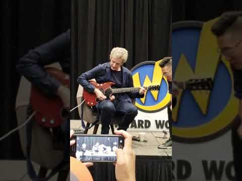 Peter Capaldi plays guitar at Austin TX Wizard World Comic Con during panel 9/22/18 Mp3