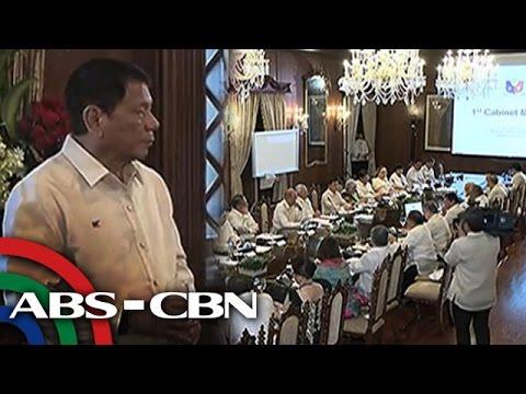 Bandila: Duterte meets Cabinet after inauguration