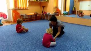 Первое занятие хореографией Лизы (2г.2 мес.)(, 2013-09-19T14:04:13.000Z)