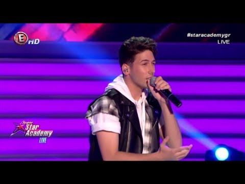 O Jimmy Gian στο stage του Super Star Academy Live!