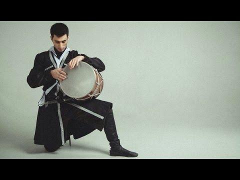 Армяне лучше всех играют на барабанах